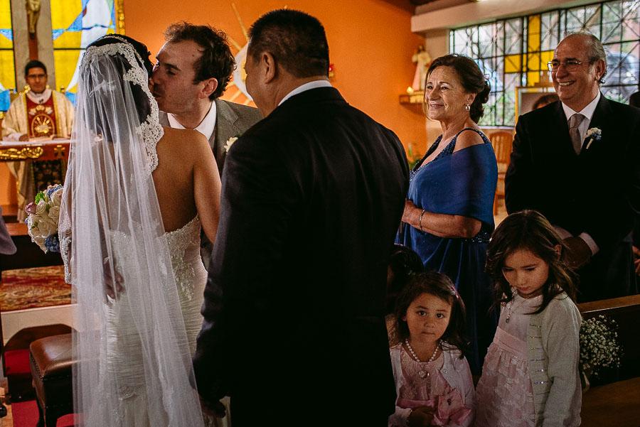 foto documental de boda peru chile, boda en las palomas de cieneguilla, fotografo de matrimonio peru