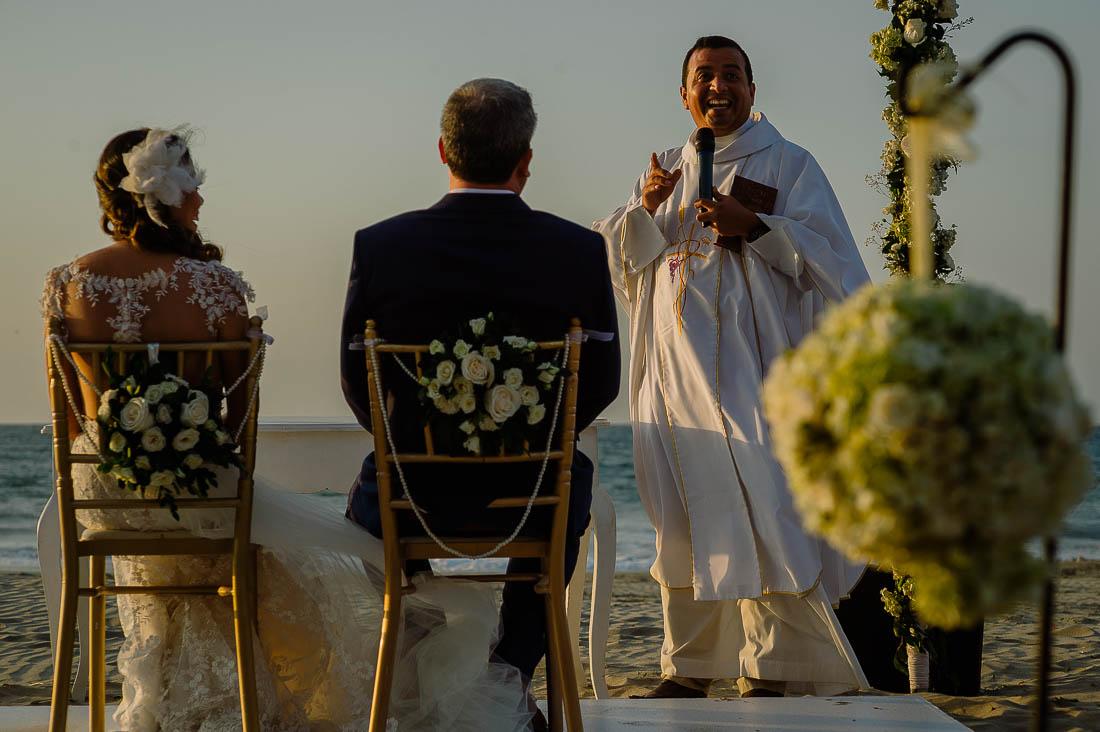 las pocitas mancora, boda en hotel arennas mancora,fotografo de bodas mancora, fotografia documental bodas en playa organos, beach wedding destination peru,
