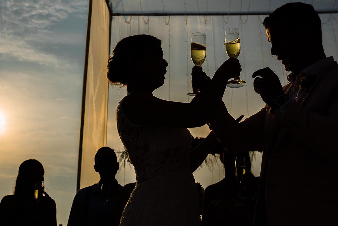 omar berr boda en playa asi sur de lima