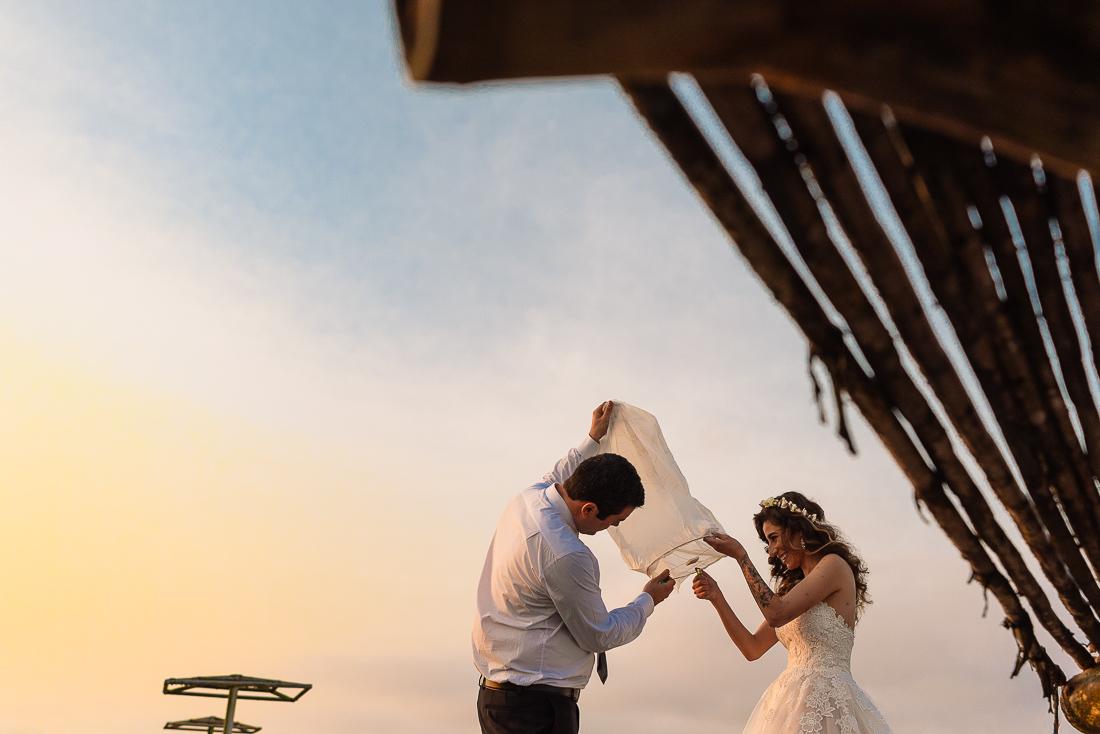 vestido de novia, novio, matrimonio, bouquet, sesion de fotos, tatuaje